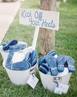 Blue flip flop wedding favors at an outdoor summer wedding