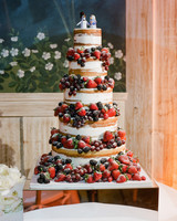 chelsea conor wedding cake with berries