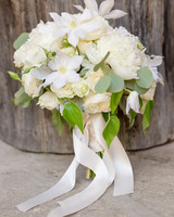 64 White Wedding Bouquets