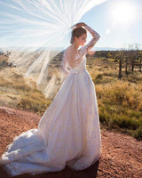 allison-williams-wedding-dress-2-1015.jpg