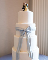cakes with bows emilia schobeiri