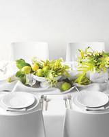green-table-centerpieces-0412-d111712.jpg