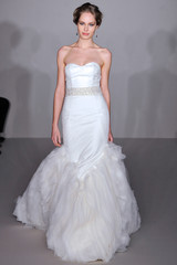 hayley-paige-fall2012-wd108109-007-df.jpg