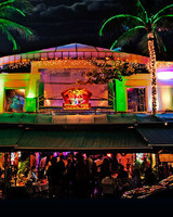 miami fetes mangos tropical cafe