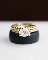 wedding rings diamond black back drop