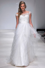 alfred-angelo-fall2012-wd108109-009-df.jpg