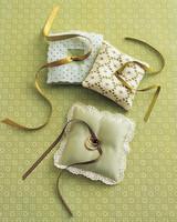 diy-ring-pillows-mwa102124-eyelet-0515.jpg