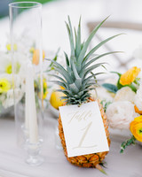 pineapple table numbers