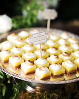 kelly-marie-dave-wedding-dessert1-0414.jpg