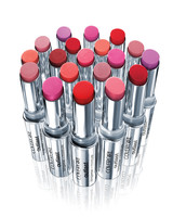 beauty-boundaries-outlast-lipstick-0915.jpg