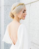 bride wearing simple natural crown