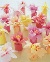 diy-floral-favors-flower-wrap-su01-0615.jpg