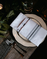 eric eryc wedding place setting