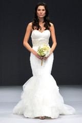 winnie-couture-fall2012-wd108109-003-df.jpg