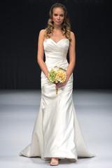 winnie-couture-fall2012-wd108109-007-df.jpg
