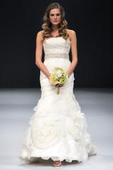 winnie-couture-fall2012-wd108109-008-df.jpg