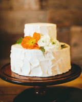 chase-drew-wedding-iowa-cake-232-s112425.jpg