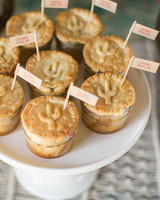 lara-chad-wedding-tarts-166-s112306-1115.jpg