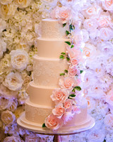 msw-chicago-party15-065-flower-cake-0315.jpg