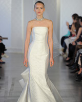 Oscar de la Renta Bow Wedding Dress