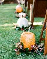 pumpkin aisle decorations