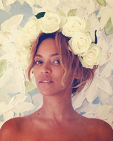 beyonce-flower-crown-white-instagram-0616.jpg