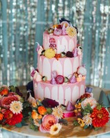 pink floral drip cake