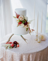 robin-kenny-wedding-cake-026-s112068-0715.jpg