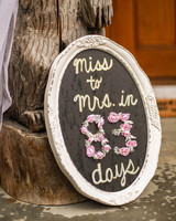 bridal shower miss to mrs countdown sign pink flowers