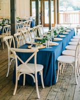 elizabeth jake wedding table blue cloth