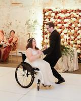 elizabeth seth wedding first dance