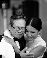 tears emotional father daughter wedding moment