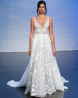justin alexander signature fall 2019 lace v-neck a-line gown with train