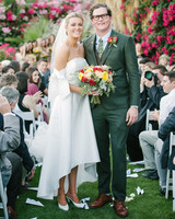 lisa louis wedding couple in aisle