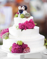liz-and-michael-wedding-cake-5933-ds111296.jpg