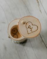lizzy-pat-wedding-ringbox-020-s111777-0115.jpg
