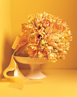 mad-men-wedding-tulip-bouquet-mw810e2-0315.jpg