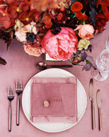 stefanie terrel wedding place setting and centerpiece