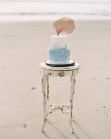 beach wedding cakes lavender and twine