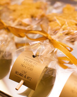 gold favors