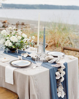kaitlin dan wedding table