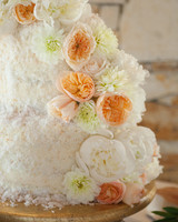 kristin-chris-wedding-cake-403-s112398-0116.jpg