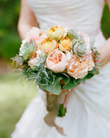 liz-allen-wedding-bouquet-0095-s111494-0914.jpg