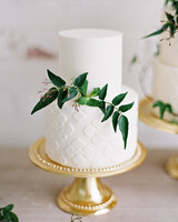 textured wedding cakes