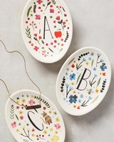bridal-party-gifts-initial-jewelry-dish-0416.jpg