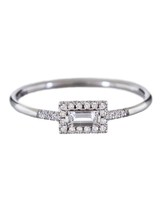 east-west-engagement-ring-suzanne-kalan-0116.jpg