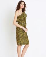 green one-sleeve texture dress