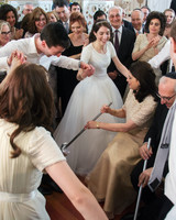 jewish-wedding-tradition-mezinka-sarena-0715.jpg
