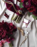 knots-personal-flowers-0372-alt-prop-d112254.jpg