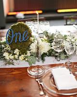 lindsay-andy-wedding-table-8134-s111659-1114.jpg